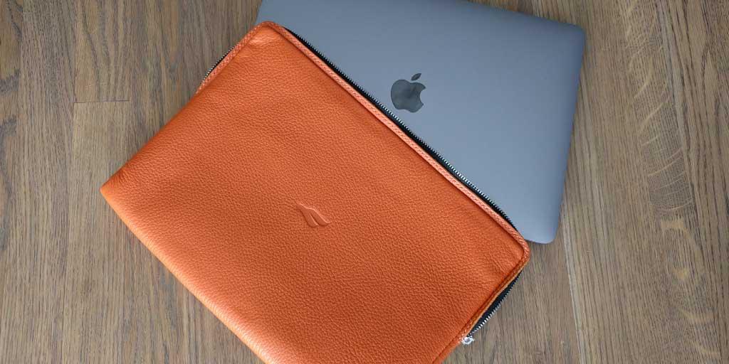 Чехол Macbook Pro 13 по украински. Какой он?